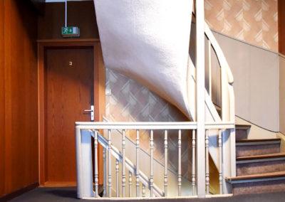 gemeinschaft-treppenhaus-zimmer-mieten-schmilau